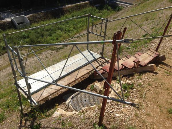Arbeitsplattform beim Zielschacht, working platform near manhole © TERRA AG, Reiden, Switzerland