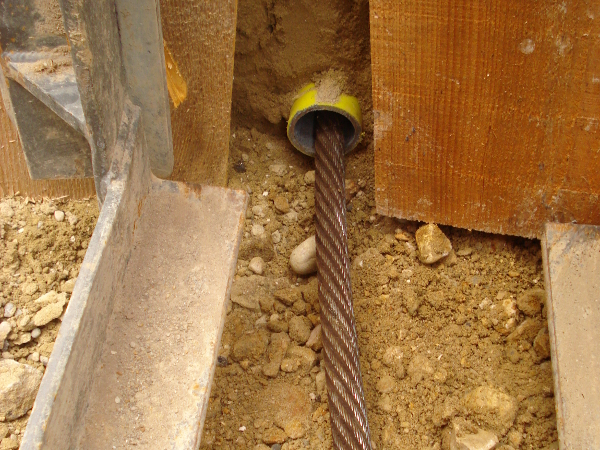 Zugseil im Altrohr, pulling cable in old pipe © TERRA AG, Reiden, Switzerland