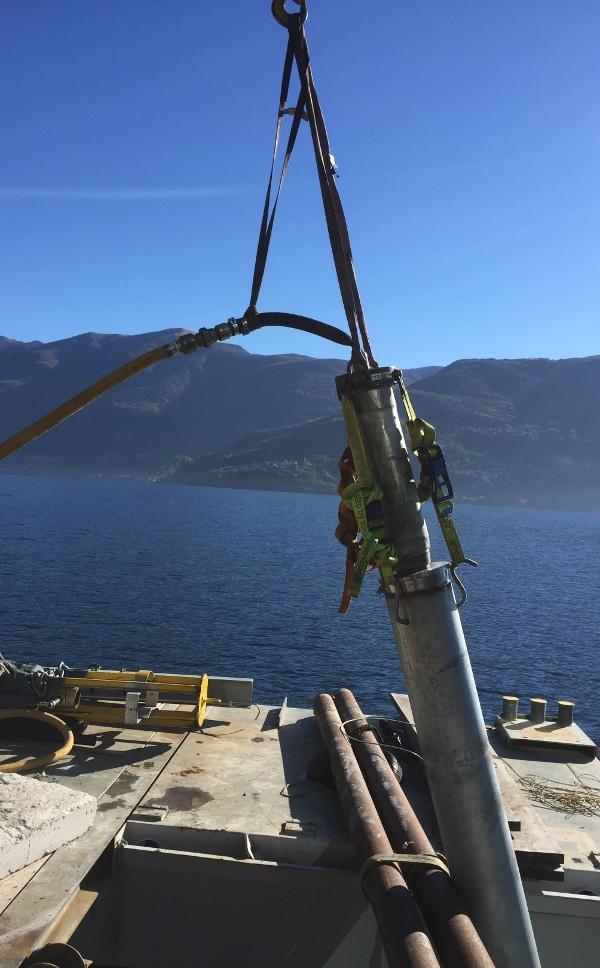 TERRA Stahlrohrramme TR-220mini rammt Fundamentpfosten für Landungssteg, Bild3