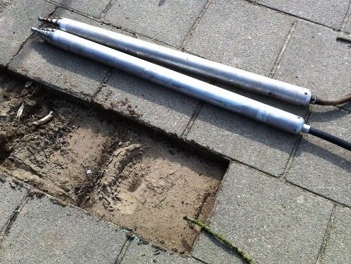 Erdrakete TERRA tool mole fonceur underground© TERRA AG, Reiden, Switzerland