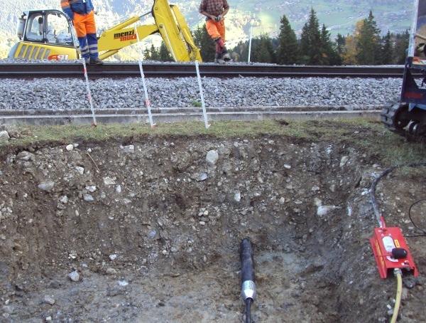 Erdrakete TERRA T 135 F underground piercing tool mole fonceur© TERRA AG, Reiden, Switzerland